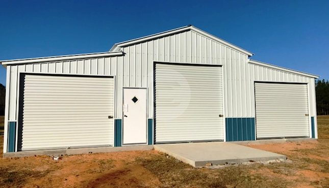 42x55x12-enclosed-farm-barn-front