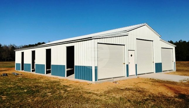 42x55x12-enclosed-farm-barn-side2