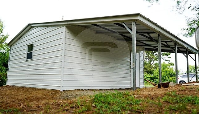 30x21 Garage with Lean-to